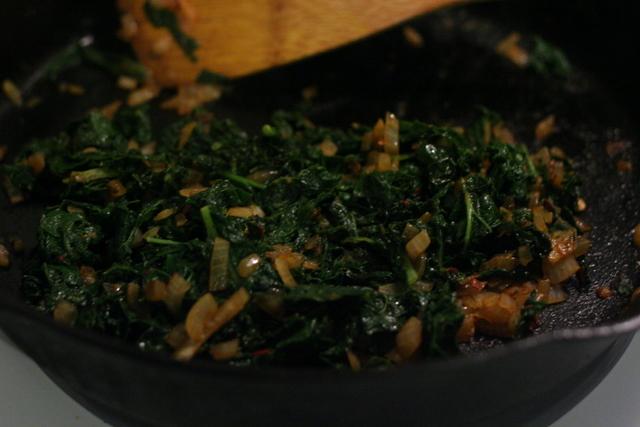 eat food » Tempeh in Horseradish Gravy